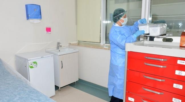 Antalya'ya sağlık çalışanları için 25 bin 880 adet aşı geldi