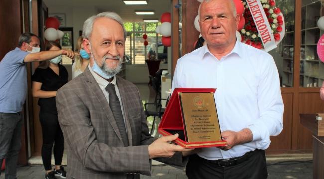 Başkan Karakayalı, Atatürk Çocukları Kütüphane ve Bilim Merkezi'ni açtı